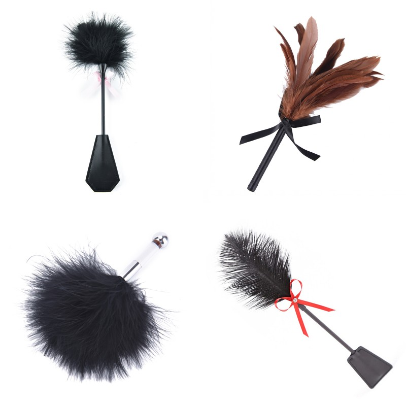 Erotic Fetish Sex Toys Soft Feather Tickler Naughty BDSM Bondage Fancy Dress Sex Whip Flirting Spanking Paddle Flogger For Woman