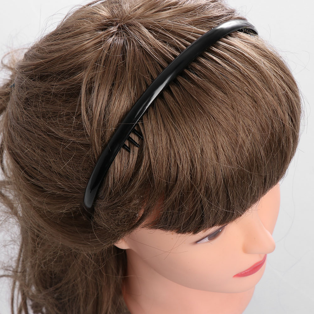 1 2 PC Metal Toothed Sports Football Soccer Hair Headband Sports Hairband  toothed hairband hair band Black-in Women s Hair Accessories from Apparel  ... 20ab136ebf6