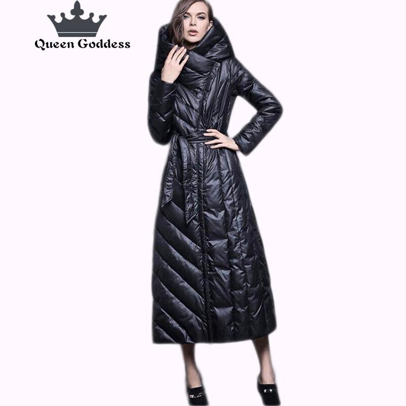 Européenne conception Originale marque hiver femmes mode style mince 90% blanc duvet de canard veste parka avec capuche spécial patte