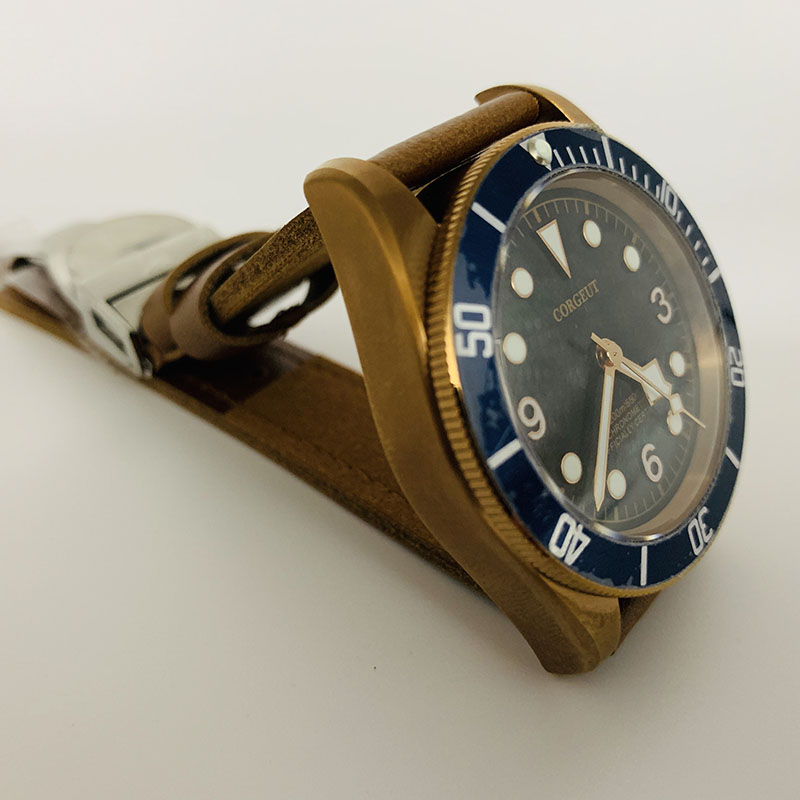 Corgeut Sapphire Glass Bronze Case Unidirectional Rotary Outer Circle Black Face 41mm dial Automatic  Sports watch men