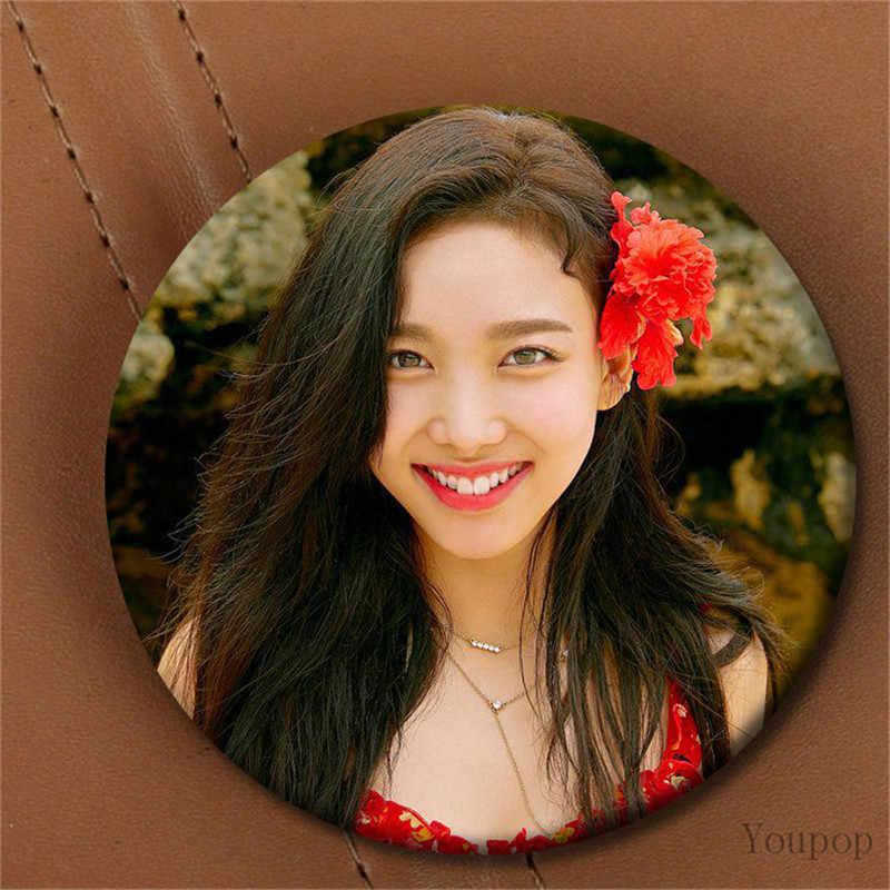 Youpop KPOP HAI LẦN Album Mùa Hè Đêm Khiêu Vũ Đêm Đi TZUYU MOMO 58 mét Vòng Chân Huy Hiệu Trâm Cài Đối Với Quần Áo hat Ba Lô
