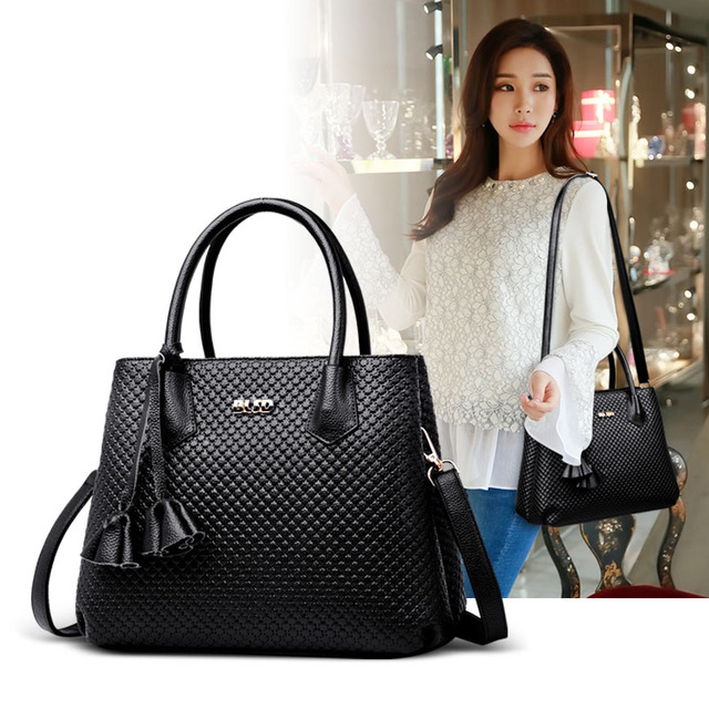 683520b4fb2 US $24.79 30% OFF|KMFFLY Luxury Handbags Women Bag Designer 2018 Big Ladies  Hand Bag For Women Solid Shoulder Bag Outlet Europe Leather Handbag-in ...