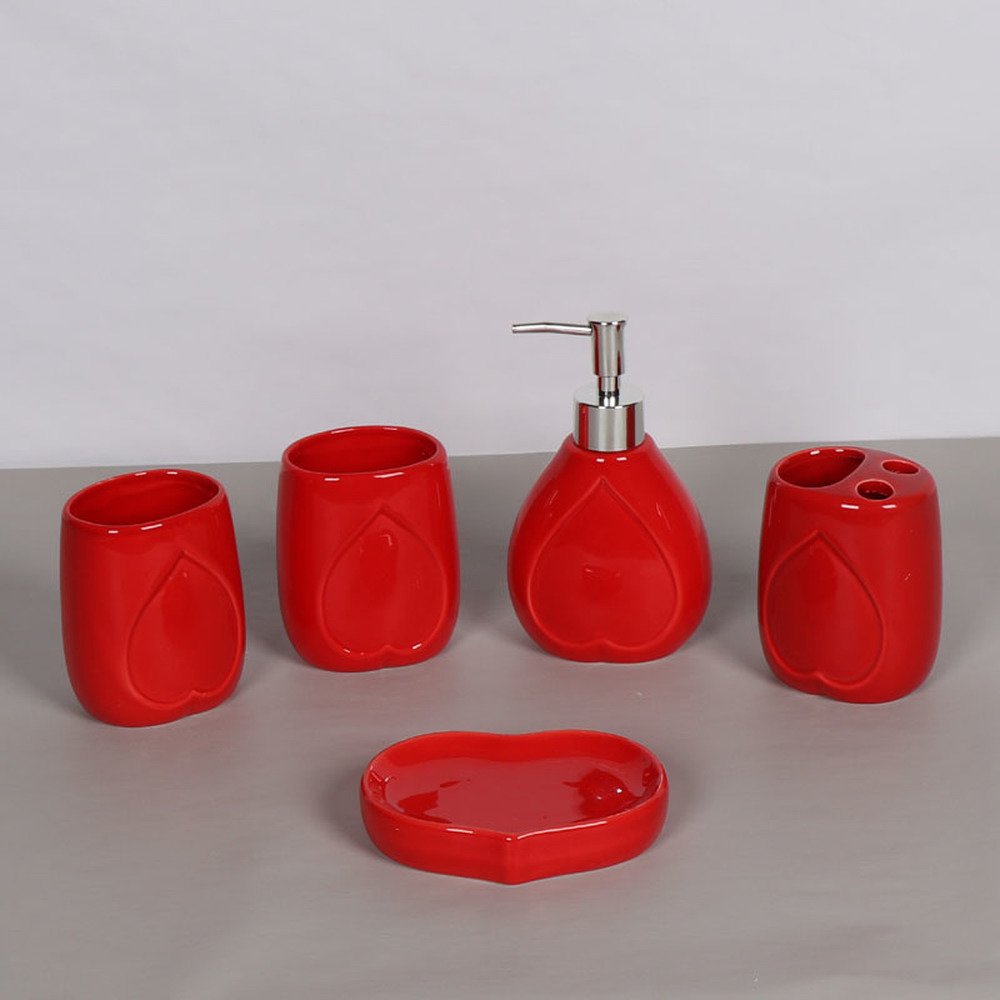 Simple red ceramic bathroom five-piece wash set soap dish brush tooth cup wedding gift set LO86337 american ceramic bathroom mouth cup set wash cup brush tooth cup couple tooth cylinder soap dish bathroom five piece lo7281140