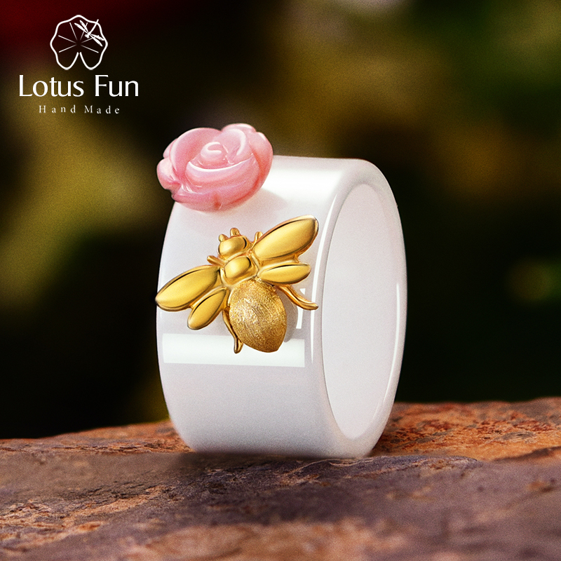 Lotus Fun Real 925 Sterling Silver Handmade Fine Jewelry Ceramic Ring Cute 18K Gold  Bee Kiss From A Rose Rings For Women Bijoux