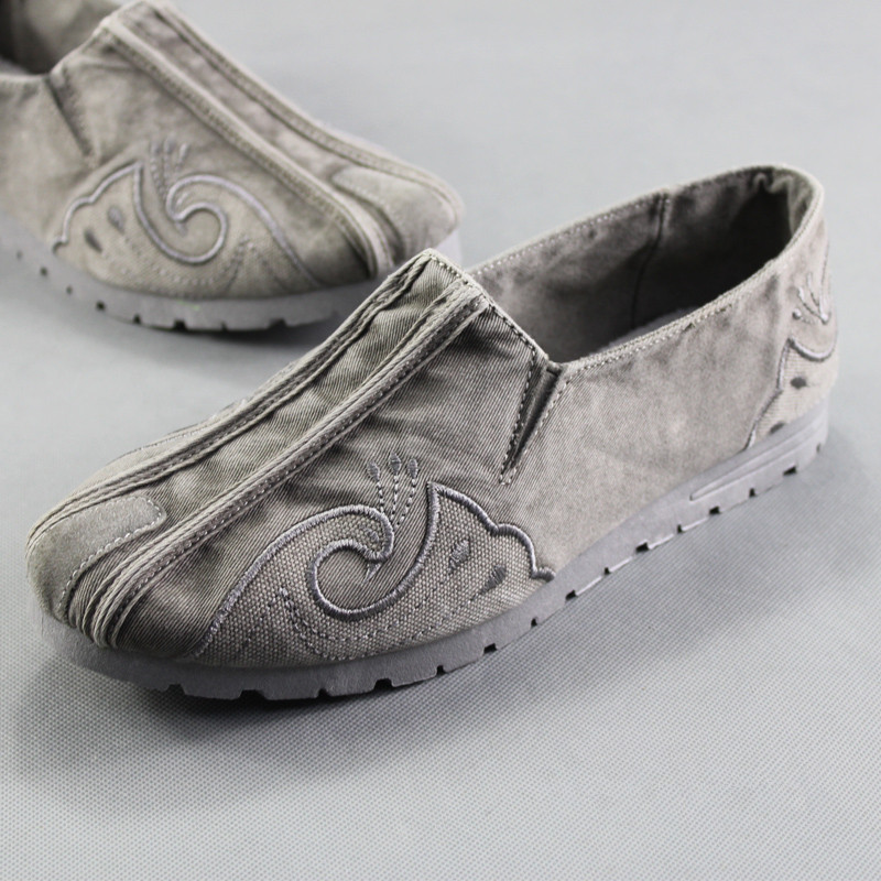 Man Casual Shoes Slip On Loafers Soft Canvas Shoes Comfortable Men Spring Summer Shoes Vintage Embroidered Ethnic Shoe Moccasins in Men 39 s Casual Shoes from Shoes