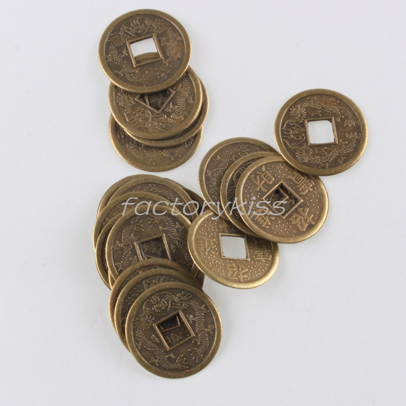 цвет латуни фото монета собаки совмещают
