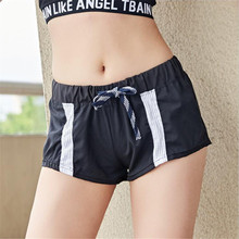 2019 fashion Splicing Mesh Back zipper pocket Easy train Run Quick drying summer shorts women short feminino spodenki damskie