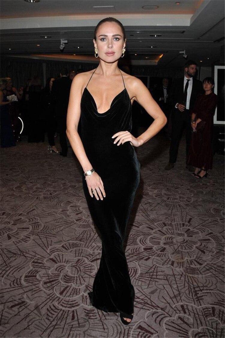 Halter V Neck Long Velvet Black Evening Gowns Floor Length Backless Evening Dress Pageant Dress