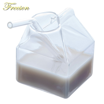 クリエイティブミルクガラスカップ250ミリリットルミニミルクカートンクリーマー面白い耐熱ガラスカップかわいいクリスタルジュース朝カップ
