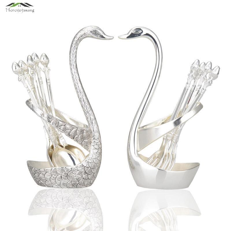 1 Sada Stříbrná Swan Ovocná vepřová dezertní sada Módní kreativní obleky Luxusní zlaté ovoce Dezert Vidlička příbory Kvalitní svatební dar