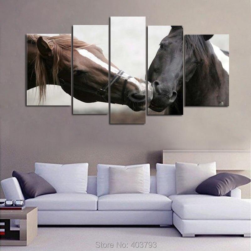 5b53ec796 5 قطعة جدار الفن اللوحة تقبيل الخيول يطبع على قماش الصور النفط للمنزل  الديكور الحديث طباعة صورة الحيوان ديكور