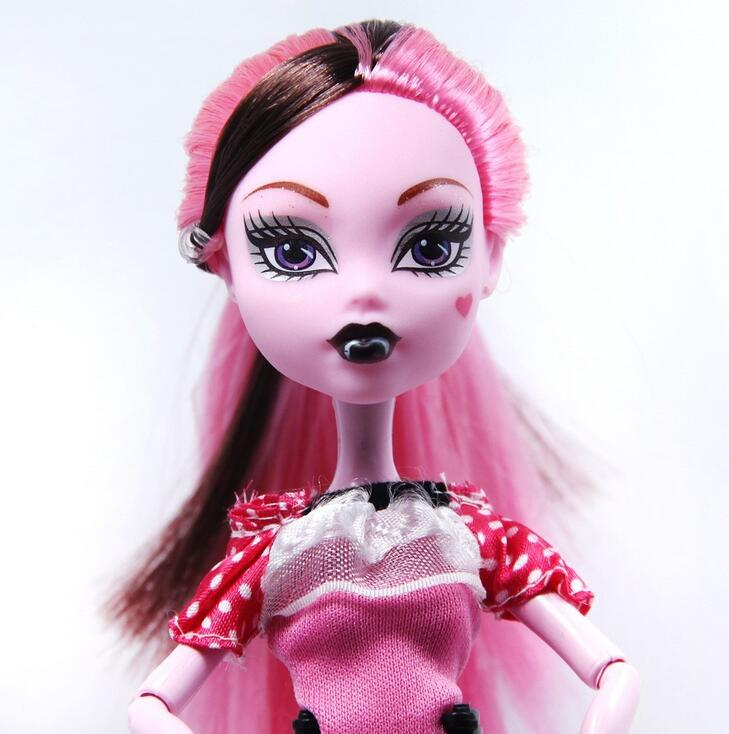 High Quality Fasion Monster Dolls Draculaura Clawdeen Wolf Frankie Stein Black WYDOWNA Spider Moveable Body Girls