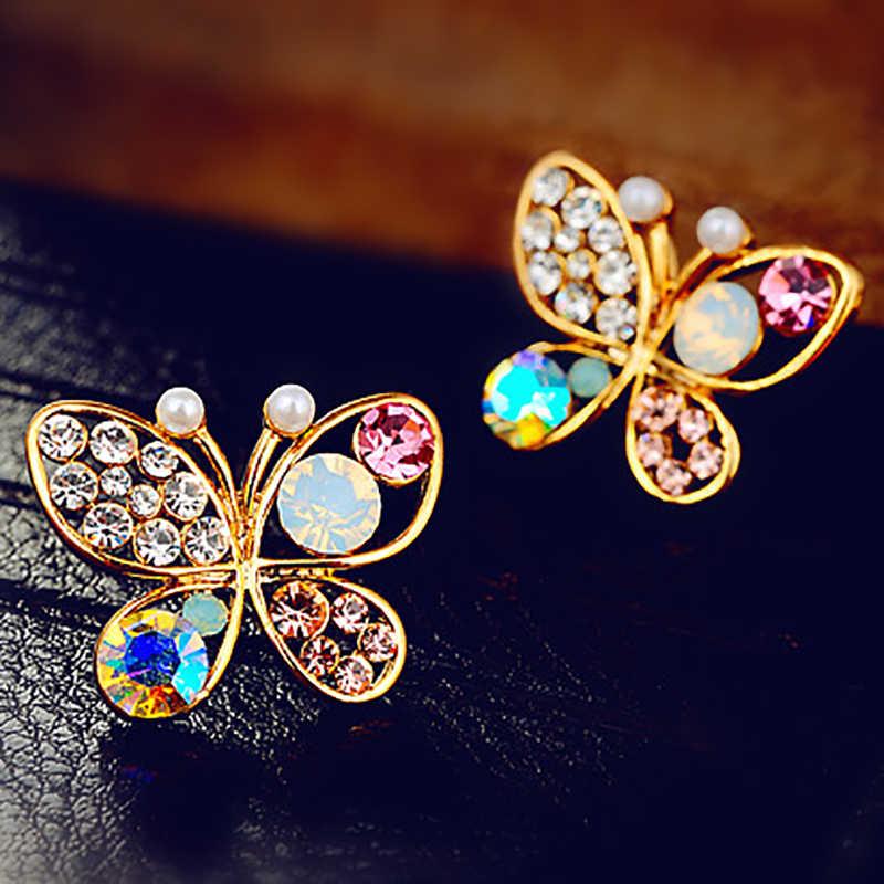 Diamante de imitación de circonita cúbica hueco de Color dorado con pendientes de mariposa de perla simulada de cristal para mujer accesorio de joyería