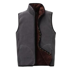 Image 5 - 2018 ใหม่ผู้ชาย Warm Fleece Vest ฤดูหนาวหนา 2 ด้านสวมใส่สบายๆเสื้อกั๊ก Windproof เสื้อแขนกุด