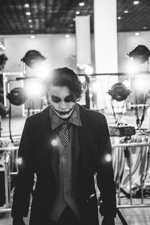 Бэтмен Темная ночь Джокер Хэллоуин Косплэй костюм для Для мужчин 6 шт. фиолетовый пальто жилет рубашка Брюки для девочек галстук Прихватки д...