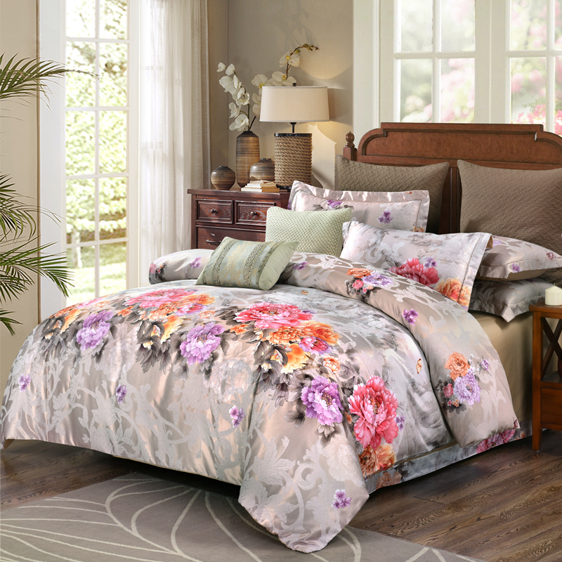 Whole cotton brocade Bedsheet set Quilt/Duvet cover Bed set Pillowcase  Luxury Bedding set Queen King size 4PiecesWhole cotton brocade Bedsheet set Quilt/Duvet cover Bed set Pillowcase  Luxury Bedding set Queen King size 4Pieces
