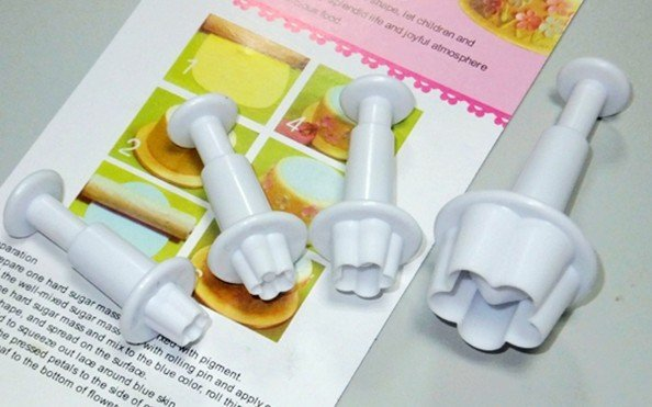Wholesale ,4pcs Cake Cookie Press PrintPlum Blossom Spring Moulds, Toast Bake Bakery Tools free shipping