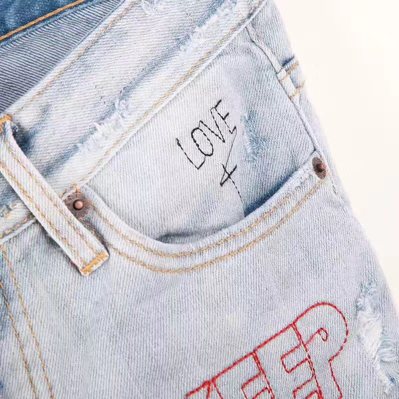 2017 neue Löcher Jeans für Frauen Hosen Hosen Augen Denimhose Zeichnen Hosen Brief Druck Jeans Frau Mode Sommer-in Jeans aus Damenbekleidung bei  Gruppe 3