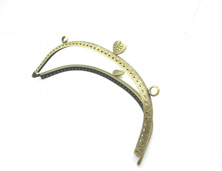 Free Shipping- Antique Bronze Flower Purse Bag Metal Frame Kiss Clasp Lock Handle 16.5x9cm(6 4/8