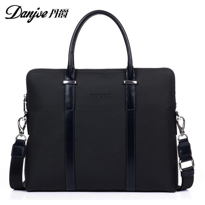 DANJUE 2018 Genuine Leather Men Handbag Cowhide Shoulder Business Man Solid Laptop Bag Male Fashion Briefcase New arrival Bag недорого