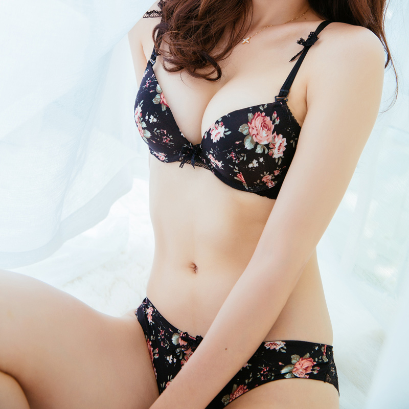 Japanese girl underwear — pic 8