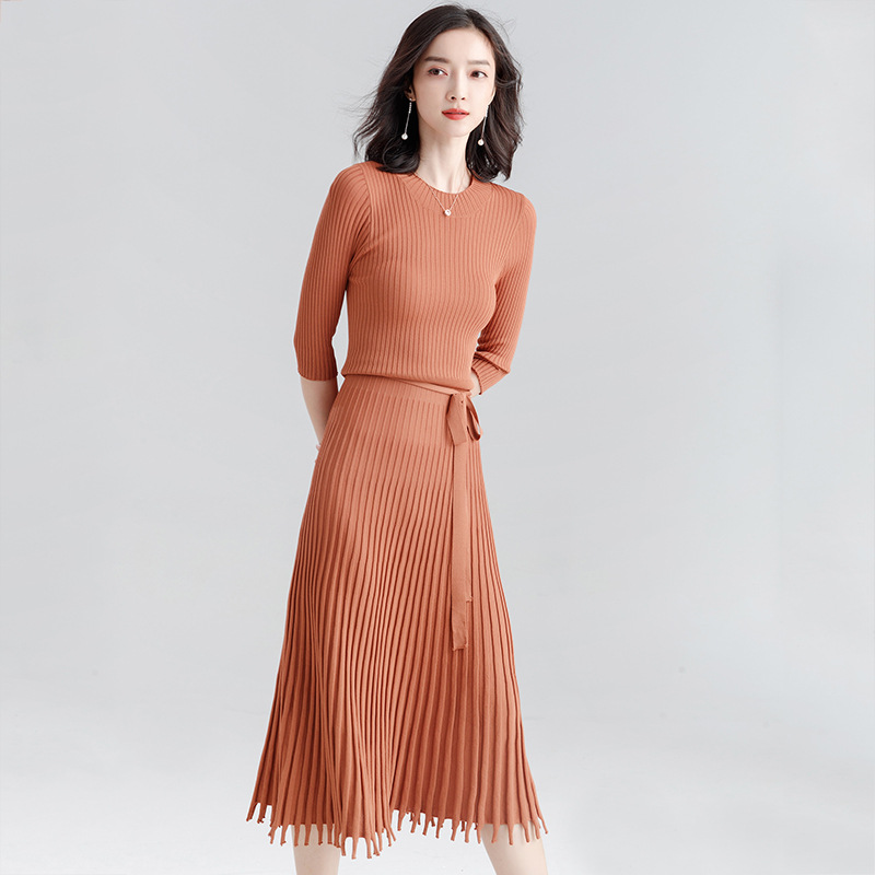 19738d86c16 2018 autumn new solid color rustic wind knit dress Elegant waist slimming  ladies pleated