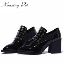 2017 обувь женская обувь с заклепками из металла сплошной цвет украшения Обувь на высоком каблуке с острым носком из натуральной лакированной кожи ручной работы без шнуровки обувь L96