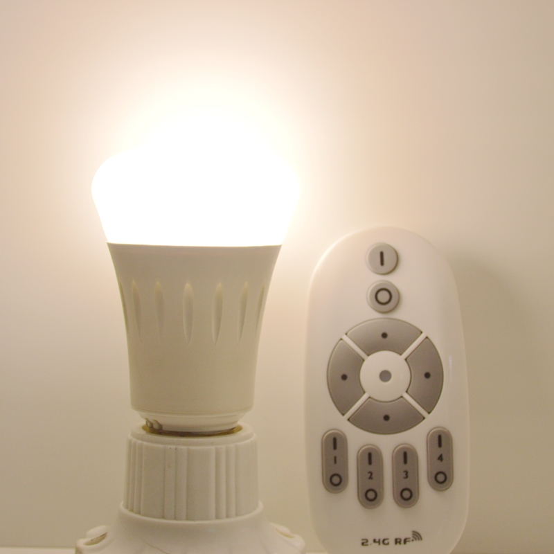 2.4G  E27 8W Wireless Smart CW/WWLED Lamp Bulb with 4-zone 2.4G RF CCT dimmer Remote Control smart zone