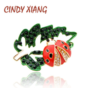 цена на CINDY XIANG New 2019 Rhinestone Ladybug Pin Brooch for Women Fashion Insect Bug Brooches Kids Accessories Cute Jewelry Good Gift