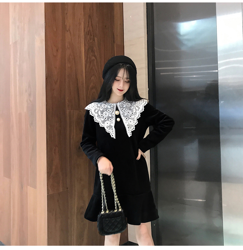 Gothic Style Women Velvet Dresses Black Velour Dress White Crochet Lace Collar Vestidos Mujer Loose Fitting Dress Plus Size (11)