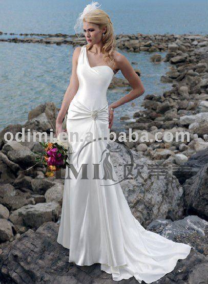 Sexy Brooch Beach Satin Ball Gown Wedding Dresses