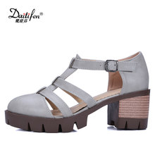Daitifen  New 2018 Comfort Square Heel Buckle Cover heel Women Sandals Fashion Gladiator Platform High Heel Ladies Sandals