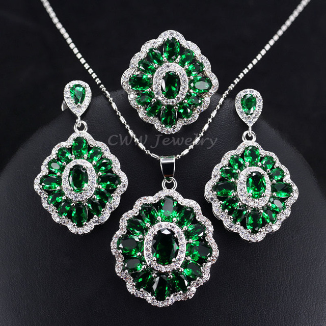 SKU# UVFP2P616 Emerald Green and Clear Crystal Necklace and Earrings