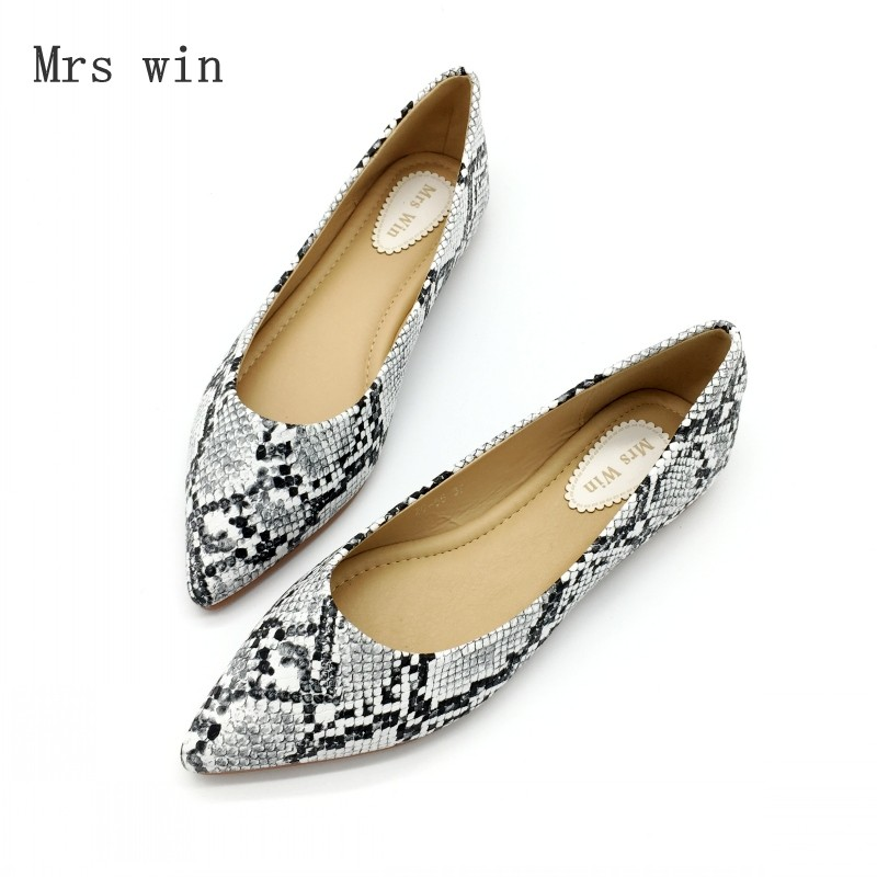 mrs win autumn women shoes square toe ballet flats females soft work driving slip on woman s flats ladies single shoes plus size 2018 Women Ballet Flats Shoes Snake Print Slip-On Spring Autumn Woman Single Shoes Ladies Females Work Footwear Zapatos Mujer