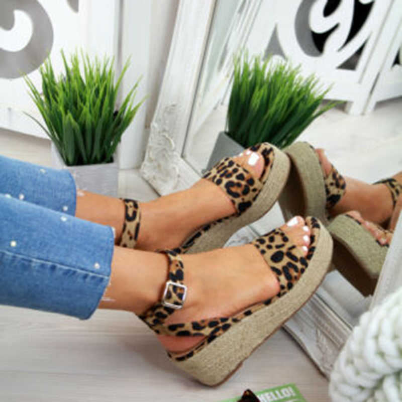 Sandales plate-forme d'été 2019 femmes léopard sandale chaussures à semelles compensées décontracté Peep Toe noir talons hauts sandales femmes