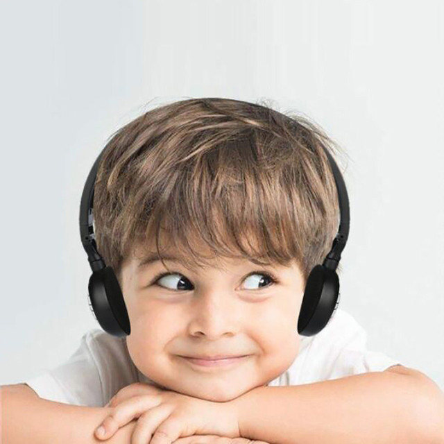 3.5MM Port Children Wire Headphones On Ear Foldable Stereo Headset For Earphon 1
