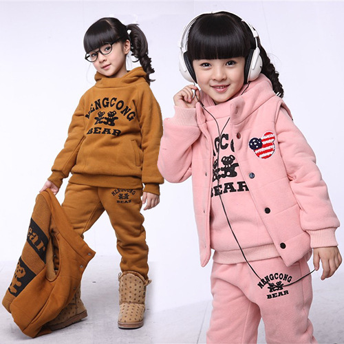 ФОТО Anlencool 2017 New Arrival Coat Solid Free Shipping Authentic Korean Girls Winter Clothing Cotton Three-piece baby Set