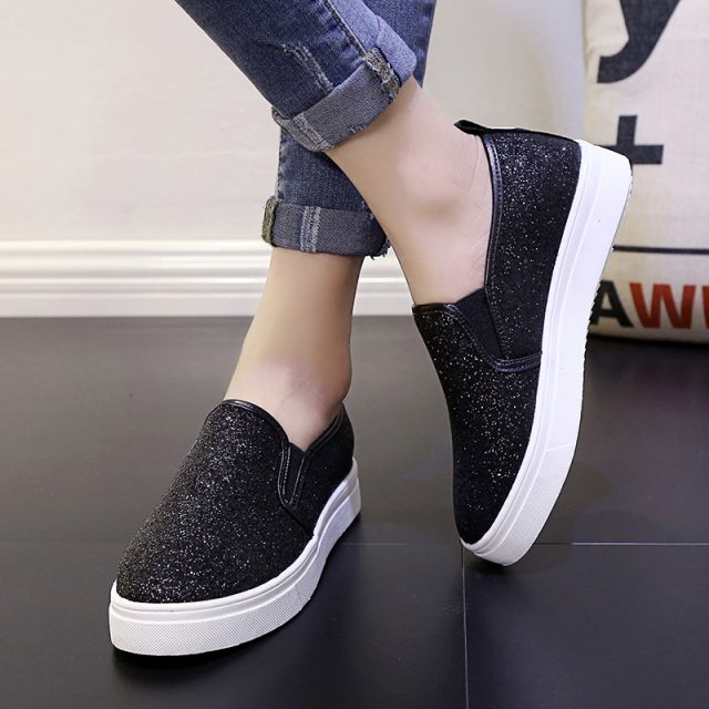 Women Loafers Platform Shoes Bling Slip on Flat Shoes Black Loafer Silver Flats Woman Casual Shoes Glitter zapatos mujer LC6762 slip-on shoe