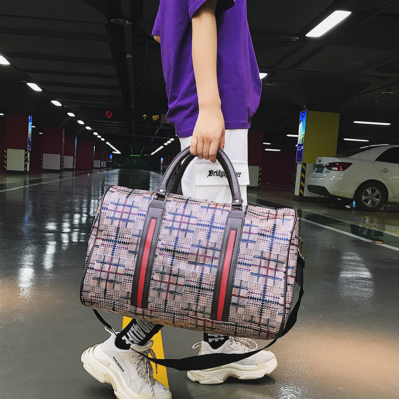 Women PU Leather Travel Bag Summer Style Flight Bag Travel Duffel Bag Tower Beauty Lady Print Luggage Bags For Wmen