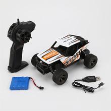 新しい 1:18 Rc カー 1813B 2.4 グラム 20 キロ/H 高速レーシングカークライミングリモコン