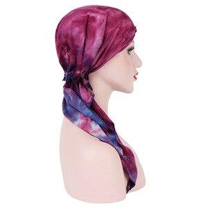 Image 2 - Мусульманская женская мягкая шапка тюрбан, предварительно связанный шарф, хлопковая шапочка при химиотерапии, шапка, бандана, головной платок, повязка на голову, аксессуары для волос с раком