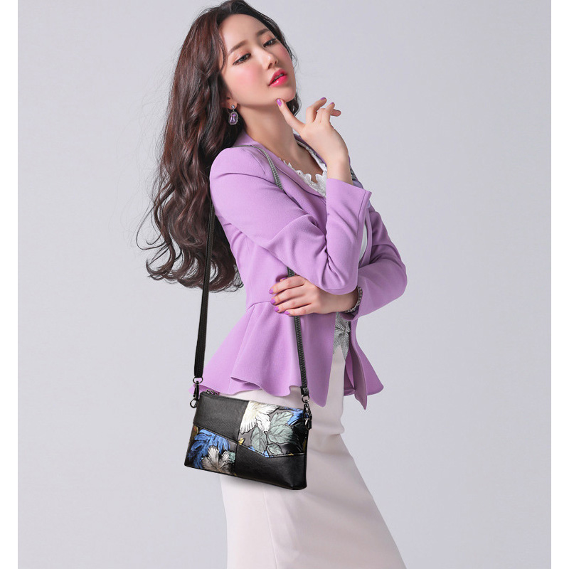 9bf3aec21 Clutch Handbag for Girls Day Clutches Evening Bag Crossbody Bags for Women  PU Leather Cross Body Handbags Ladies Shoulder Bag-in Clutches from Luggage  ...