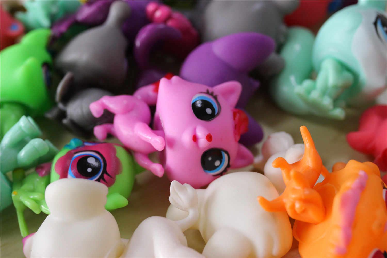 LPS New Style lps Toy bag 32Pcs/bag Little Pet Shop Mini Toy Animal Cat patrulla canina dog Action Figures Kids toys