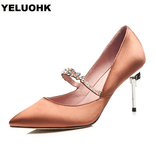 2018 New Pointed Toe Mary Janes Shoes Women High Heels Crystal Wedding  Shoes Stiletto Heels Bridal 18ab91b8a2e0