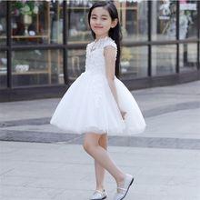 Абсолютно новые платья для девочек с цветочным принтом и аппликацией