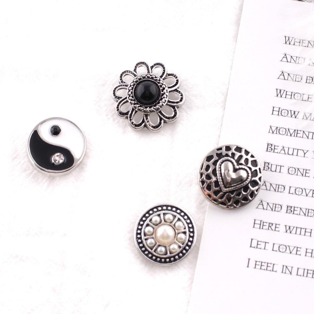 Hot wholesale High Quality 20mm Alloy Fashion Snap buckle Bracelet Charm Flowers Styles beads Snaps Jewelry KB7021