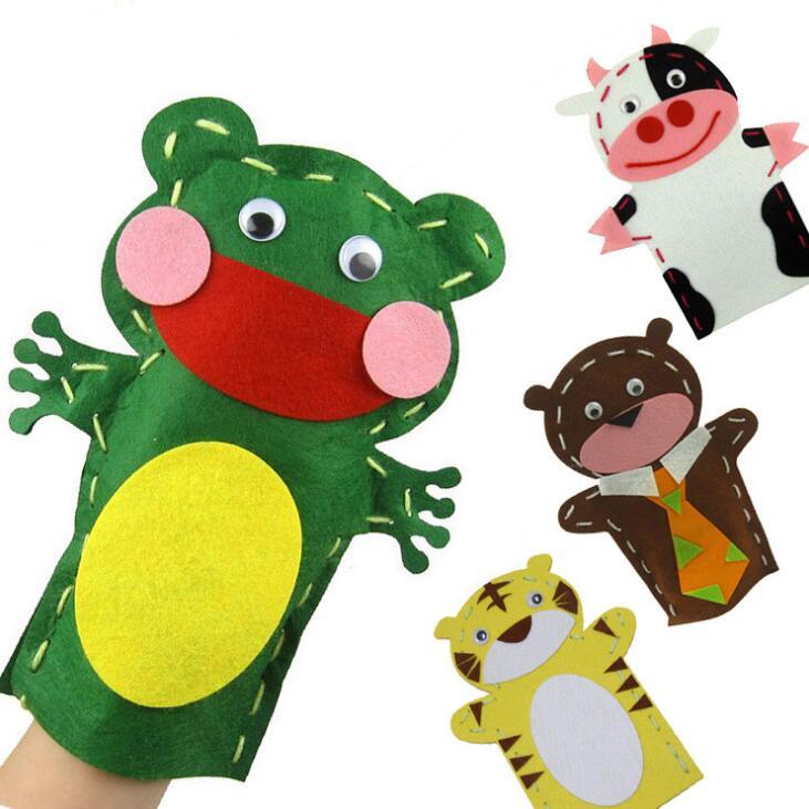 5 Pcs/lot Kids DIY Handmade Cartoon Animal Hand Cloth Puppet Dolls Story Telling Handcraft Kits Felt Fabric Craft Cow Frog