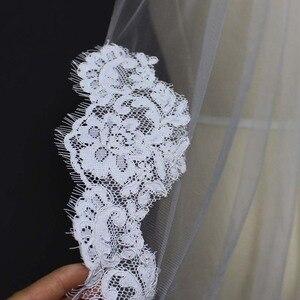 Image 4 - Echte Foto S Elegant Gedeeltelijke Lace Zijde Korte Wedding Veil Een Layer Wit Ivoor Bridal Veil met Kam Veu de Noiva