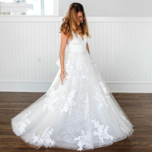 A Line Tulle Boho Wedding Dresses 2019 Lace Appliques V Neck White Ivory Open Back Bridal Gown Vestido De Noiva Plus Size simple v neck boho wedding dresses 2019 ivory lace appliques elegant bridal gowns backless cap sleeves tulle vestido de noiva