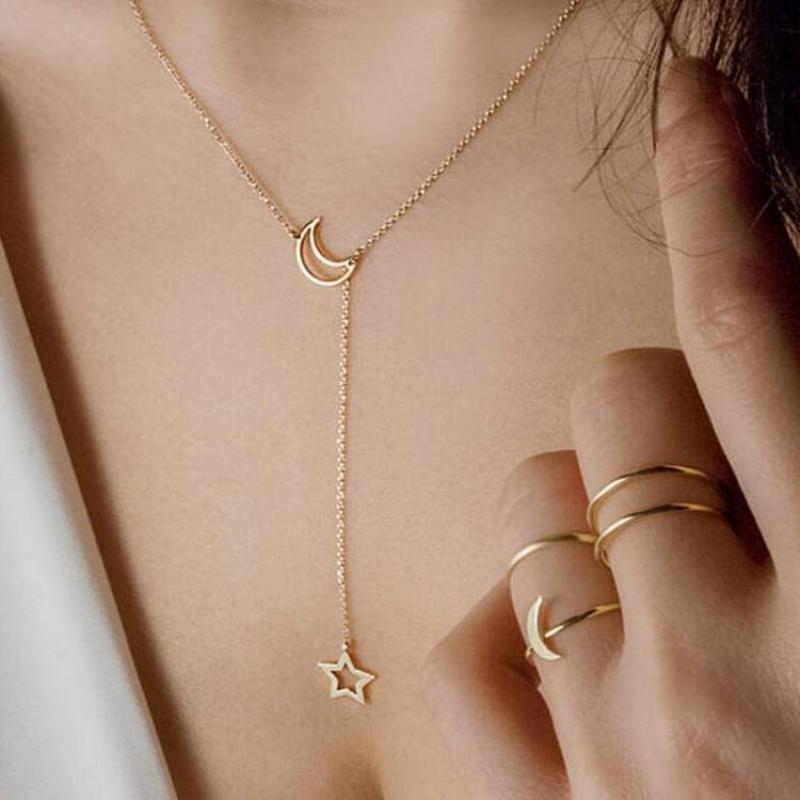 collier ras de cou or avec pendentif
